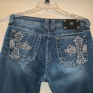 Miss Me Embroidered Distressed Wash Jeans